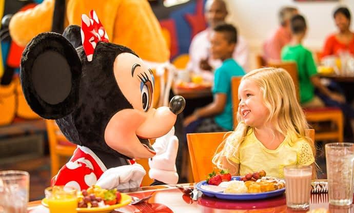 Alugue casa em Orlando e tome café da manhã com os personagens da Disney