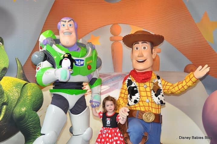 Personagens de Toy Story posam pra foto